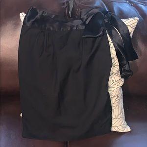 Club Monaco classy black skirt with bow